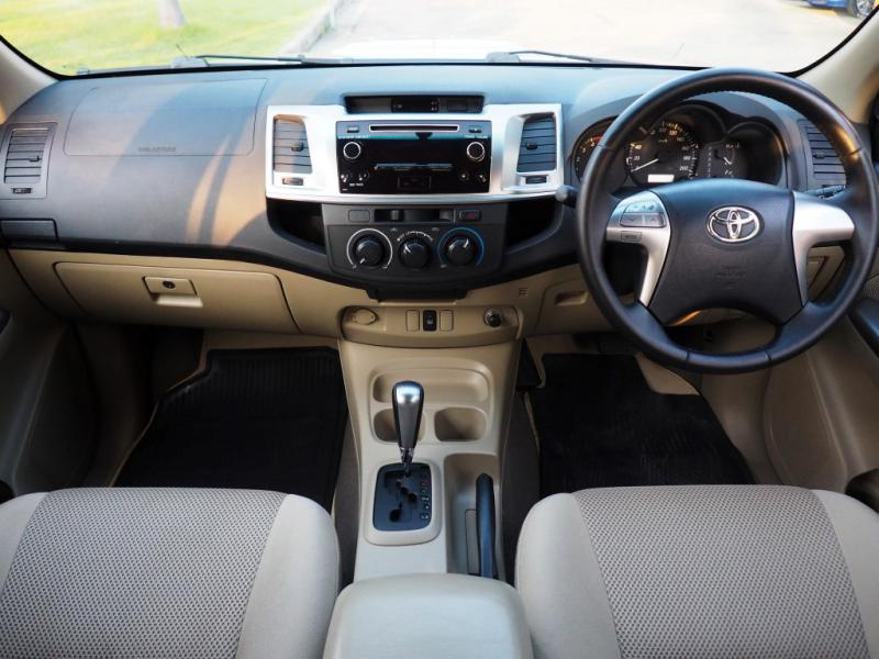 TOYOTA VigoChamp 2.5E 2013
