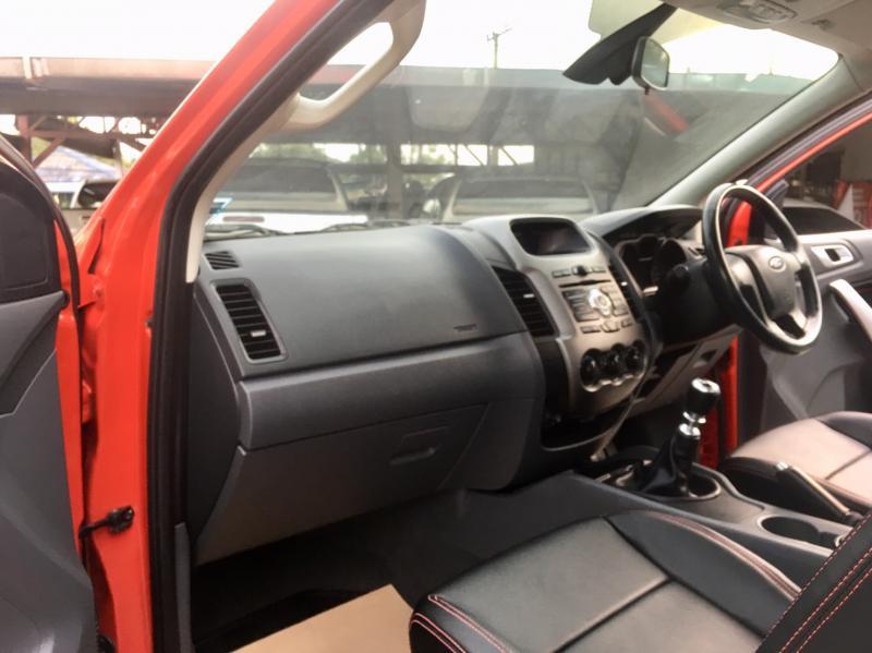 FORD ranger cab 2.5 hi xlt 2013