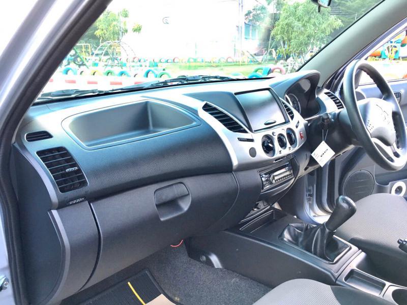 MITSUBISHI triton cab 2.5 glx all  2015